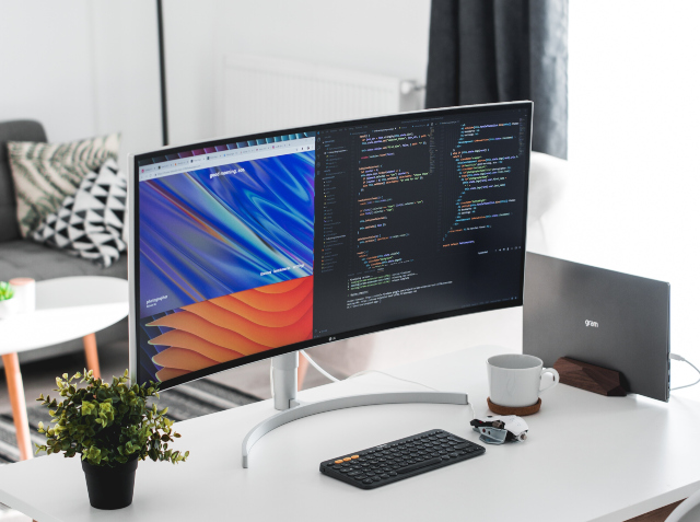 desk coding monitors